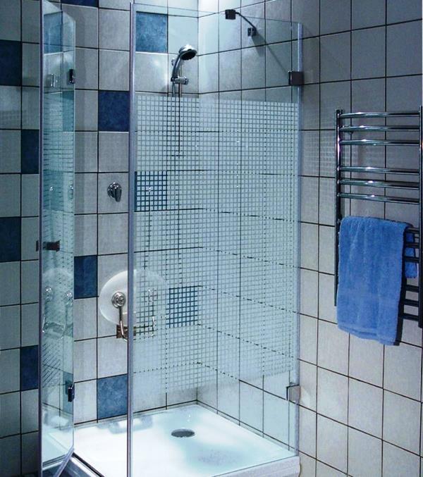 душевая кабина в маленькой ванной комнате фото и цена