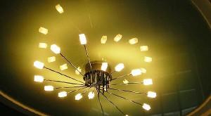 потолочные люстры для натяжных потолков фото