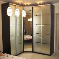 угловые шкафы купе в спальню дизайн фото 27