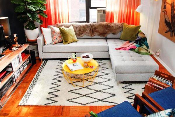 дизайн маленькой гостиной фото с угловым диваном