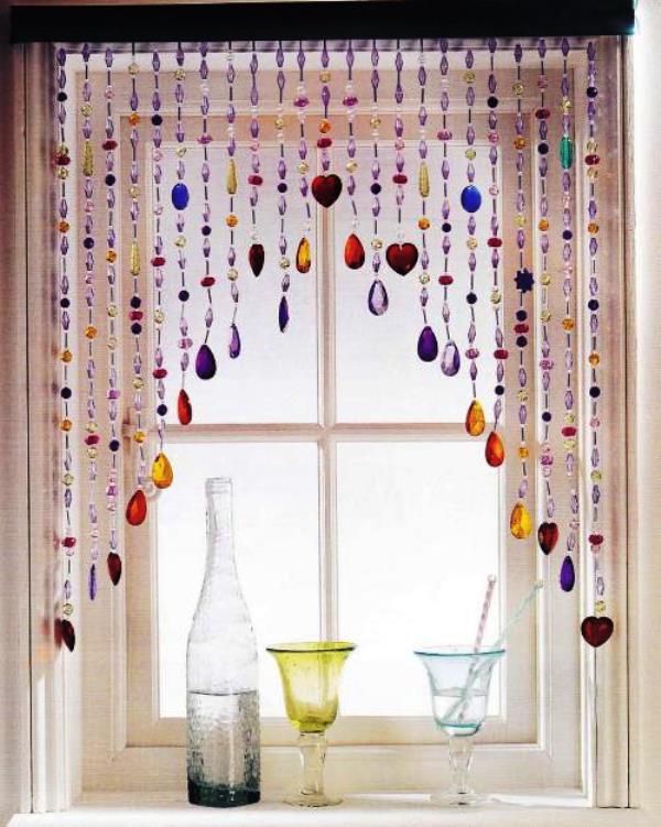 шторы из бусин в интерьере фото