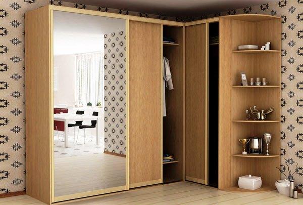 угловые шкафы купе в коридор фото