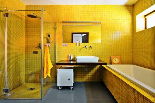 сочетание цветов с желтым в интерьере фото 5