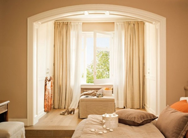 шторы в бежевую спальню фото
