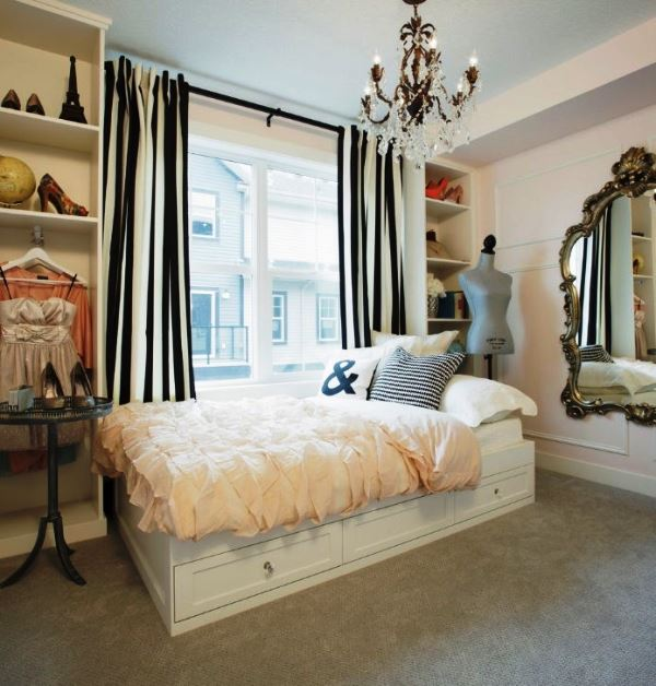 кровать подиум фото для маленькой спальни