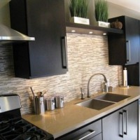 кухня в бежево коричневых тонах фото 17
