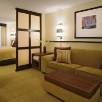 зонирование комнаты на спальню и гостиную фото 63