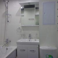 полка в ванную фото 8