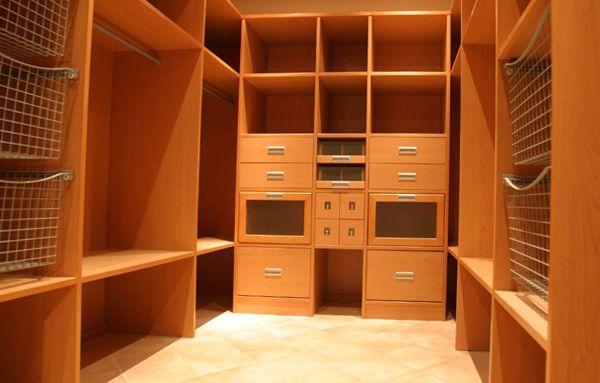 мебель для гардеробной комнаты фото