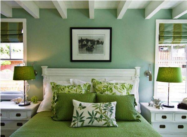 спальня в зеленых тонах дизайн фото