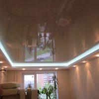 натяжные потолки в спальне фото 19