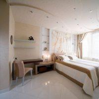 натяжные потолки в спальне фото 71