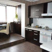 интерьер кухни с балконом фото 45