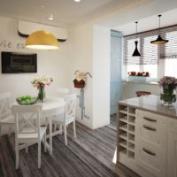 интерьер кухни с балконом фото 49
