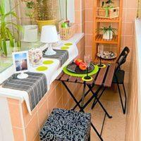 интерьер кухни с балконом фото 54