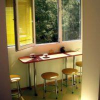 интерьер кухни с балконом фото 57