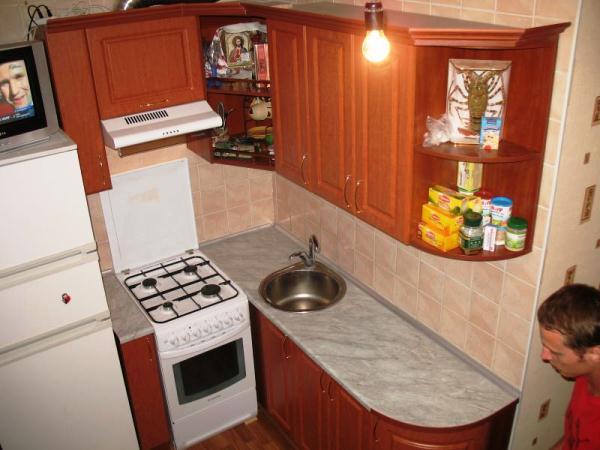 маленькая кухня в хрущевке фото 4