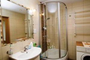 душевая кабина в ванной фото 32