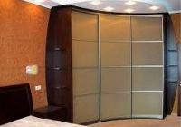 встроенный угловой шкаф купе в спальню