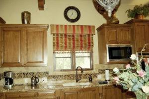 римские шторы на кухню фото 47