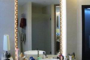 зеркало в ванную комнату с подсветкой фото 37