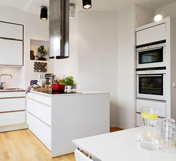 маленькая кухня в скандинавском стиле фото