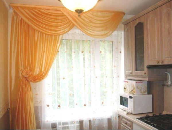красивые ламбрекены на кухню фото 9