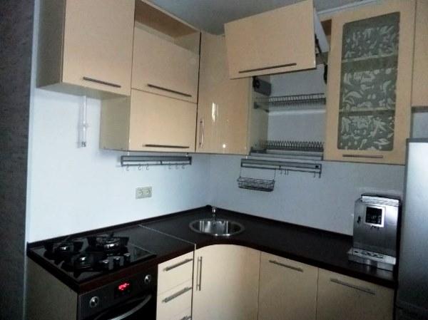 маленькие угловые кухни дизайн фото 30