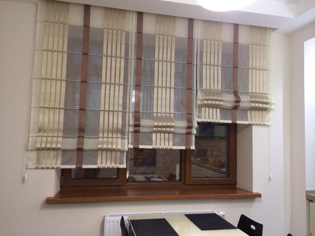 дизайн римских штор для кухни фото 10