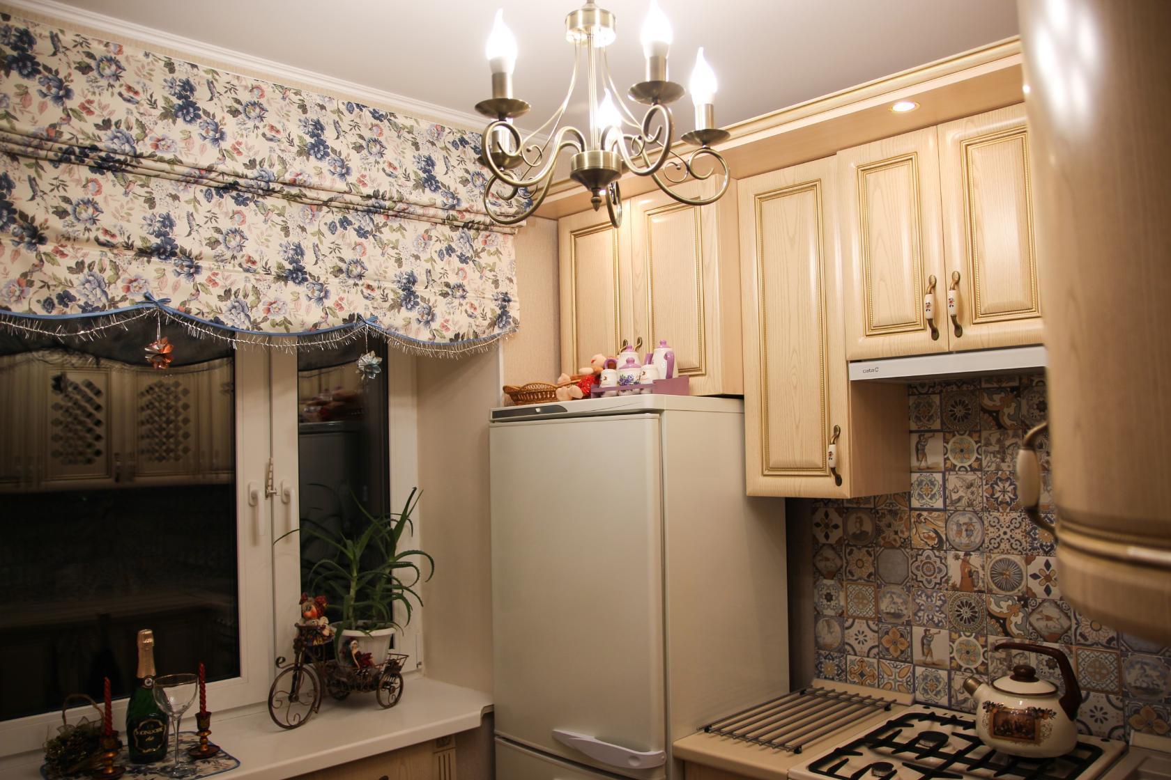 римская штора на кухню как крепится