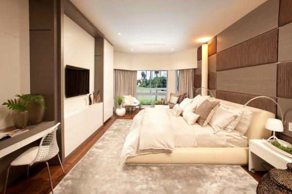 интерьер спальни в коричнево-бежевых тонах фото
