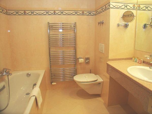 бежевая ванная комната дизайн фото