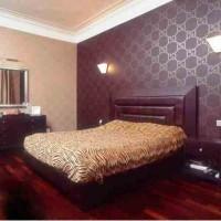 дизайн спальни с обоями двух цветов фото 35