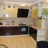 кухня в бежево коричневых тонах фото 8