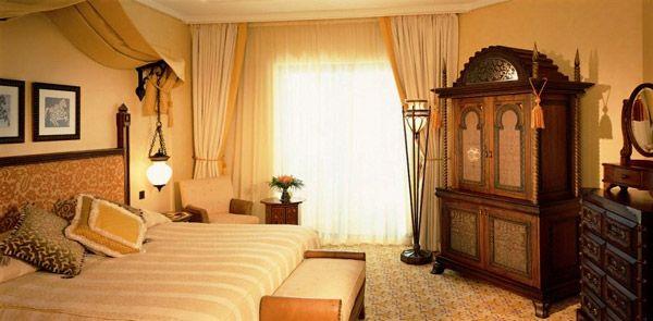 интерьер спальни в восточном стиле фото