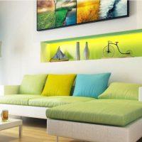 диван в интерьере гостиной фото 16