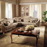 диван в интерьере гостиной фото 50