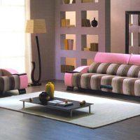 диван в интерьере гостиной фото 51