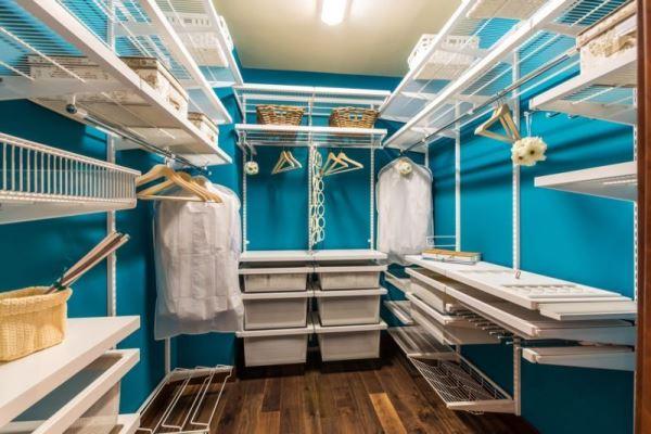 гардеробная комната 4 кв м дизайн фото