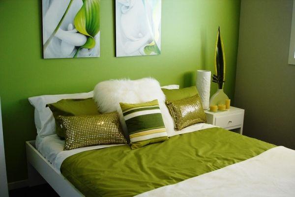 спальня в зеленых тонах фото 19
