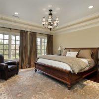 натяжные потолки в спальне фото 33
