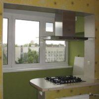 интерьер кухни с балконом фото 20