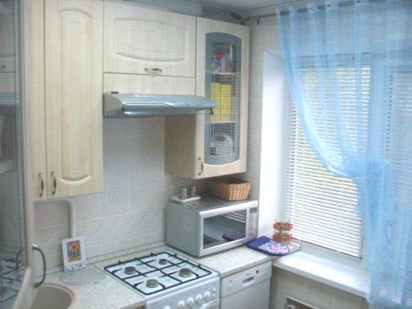 дизайн маленькой кухни 5 кв. м фото