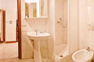 душевая кабина в ванной фото 25