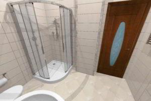 душевая кабина в ванной фото 36