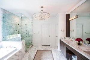 люстра в ванной фото 13