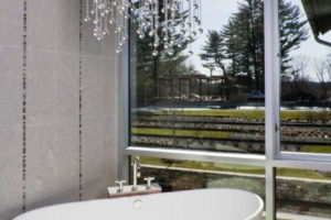 люстра в ванной фото 38