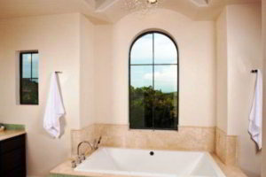 люстра в ванной фото 55