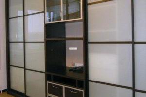 шкаф купе в гостиную фото 29