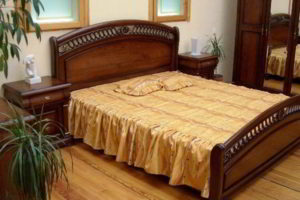 спальня из дерева фото 22